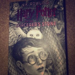 """Harry Potter and the Sorcerers Stone"" Book"